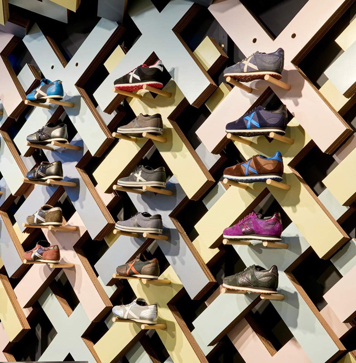 pop-up-zapatillas-shoes-munich-studio-animal-280x