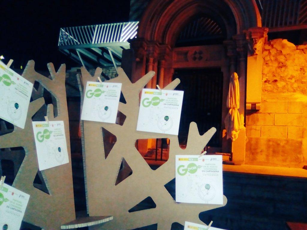 arbol carton after work emprendedores como nosotros coworking cartagena cartonlab