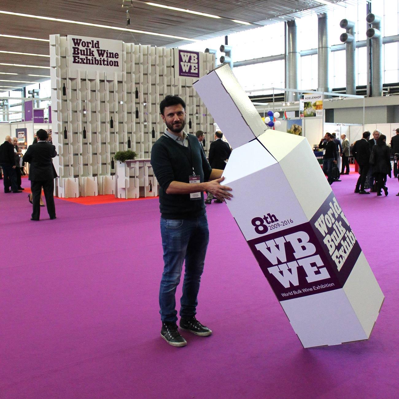 stand para feria de vino photocall botella vino world bulk wine exhibition