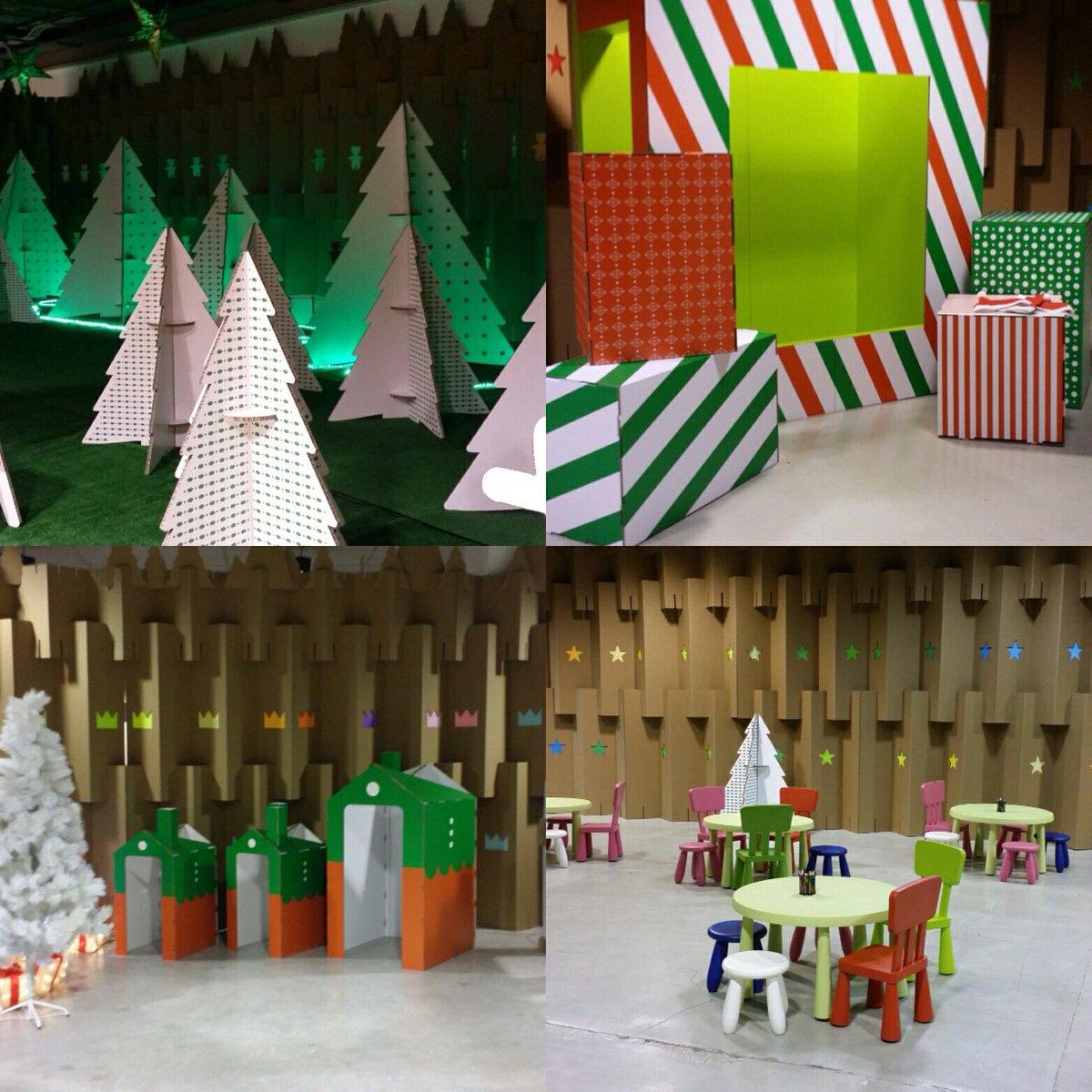 decoración navideña en centro comercial habaneras torrevieja fabrica de los sueños laberinto pueblo elfos bosque de los sueños