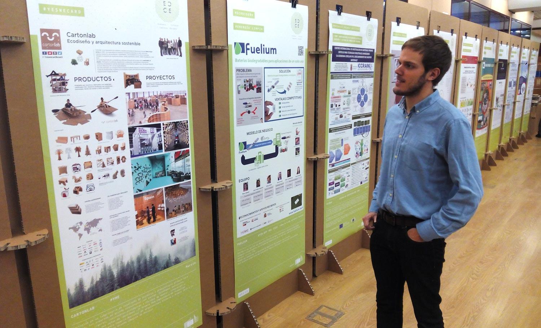 organización de eventos sostenibles claves paneles expositivos informacion totems carton exposicion