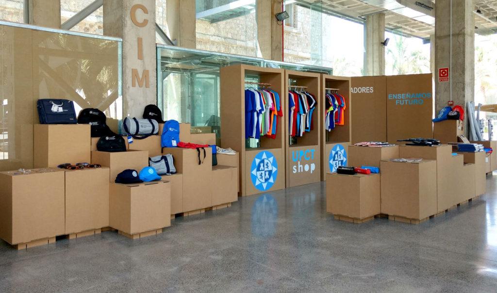mobiliario muebles tienda efimera pop up store shop