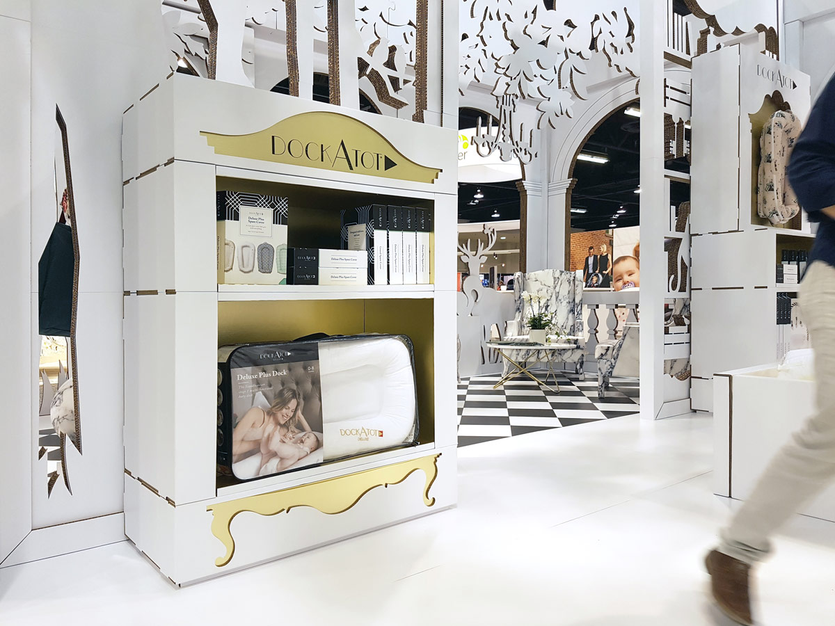 cabinet-product-exhibitor-cardboard-design-dockatot