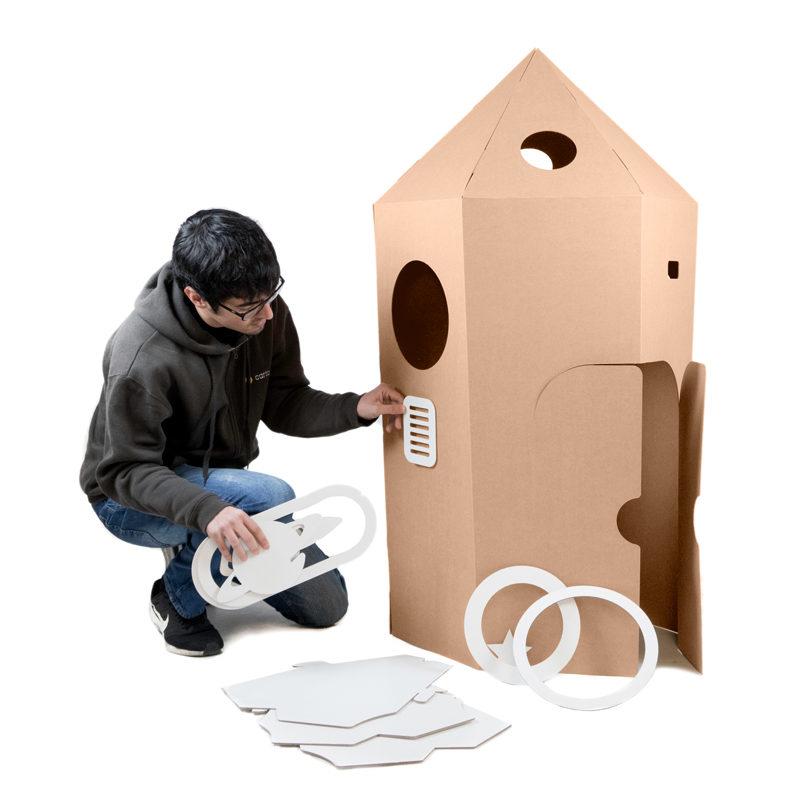 montaje cohete cartón para niños