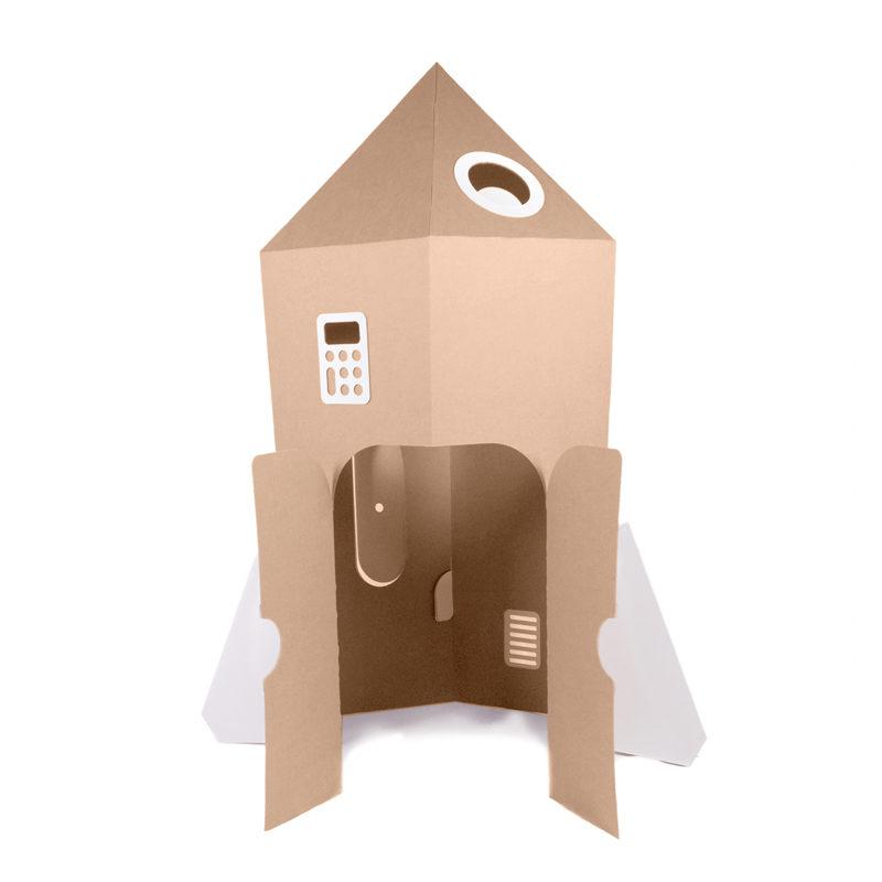 cohete de cartón para juego infantil