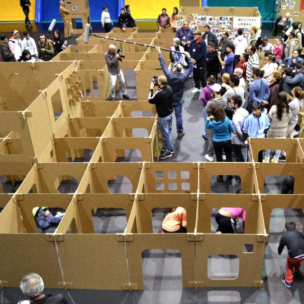 laberinto de cartón modular