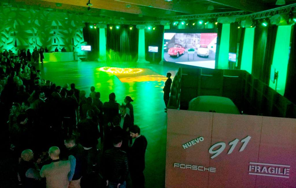 Decoración para eventos de automóviles lista para la presentación