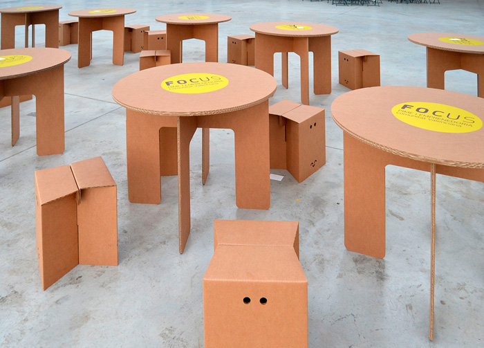 Muebles de cartón para eventos corporativos en Focus Pyme