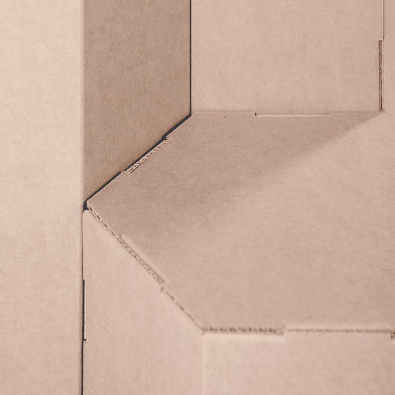 Expositor peana hexagonal detalle
