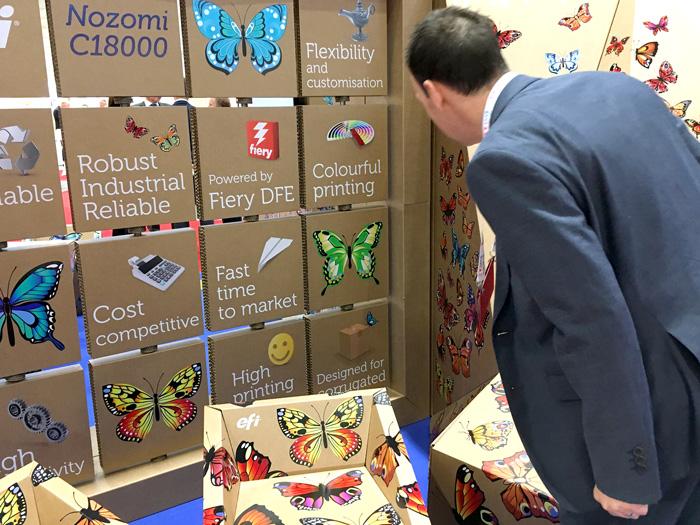 Panel decálogo impreso del stand en FEFCO