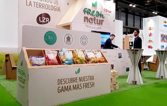 Stand en Fruit Attraction con los productos de Fresh Natur