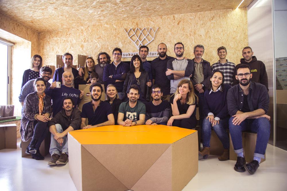 Foto de grupo tras charla Subarquitectura