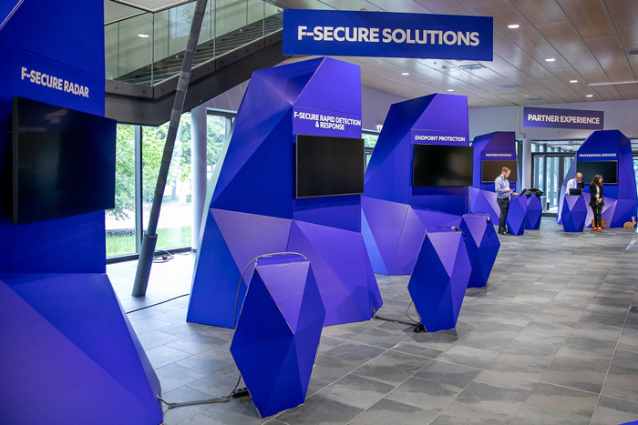 Elementos integrados FSecure. Diseño eventos hoteles