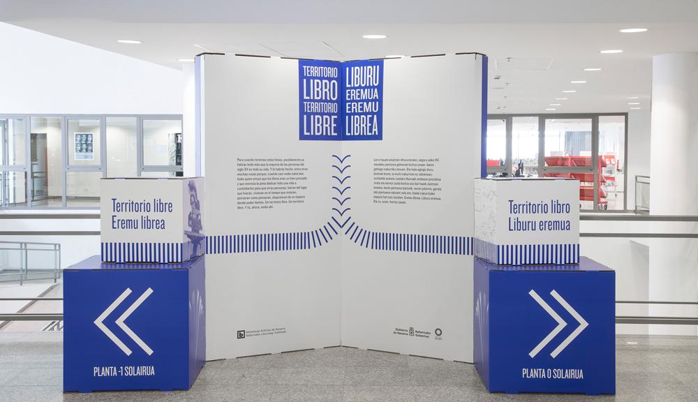 Diseño de exposiciones culturales en cartón. Bienvenida.