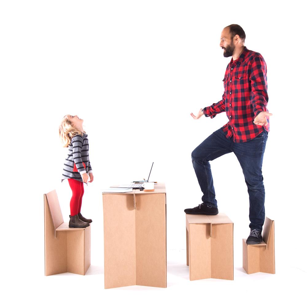 Escritorio plegable infantil. Crear espacios.