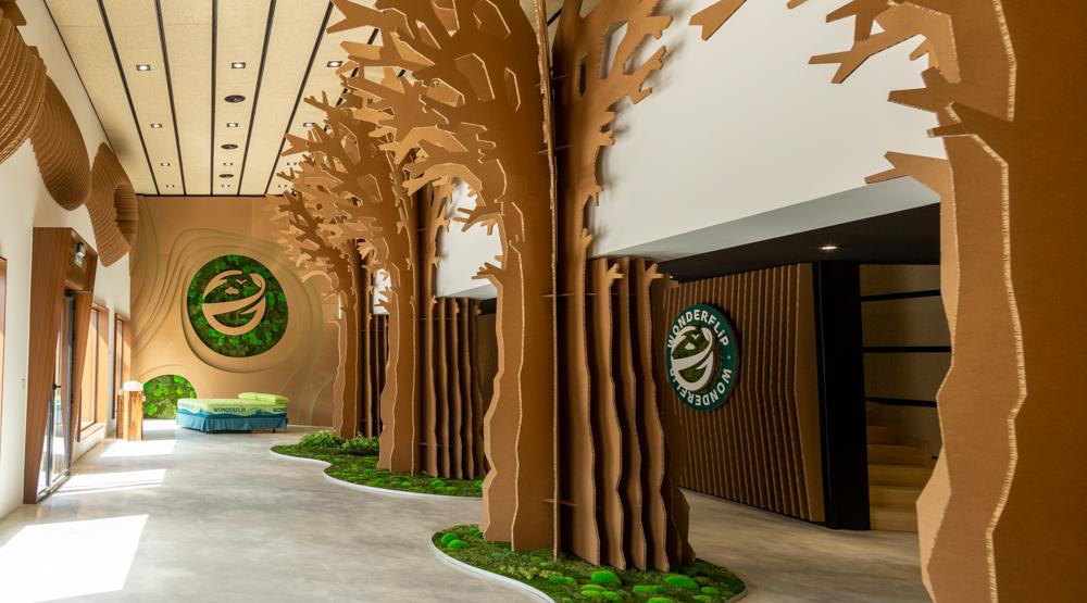 Diseño interior de showroom Wonderflip